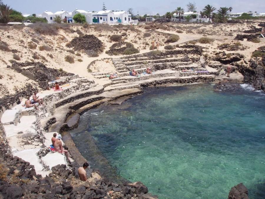 Mejores playas nudistas de Lanzarote Charco del Palo