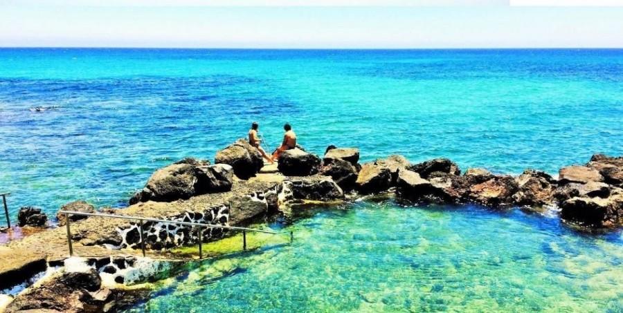 Las mejores piscinas naturales en lanzarote for Piscinas naturales yaiza lanzarote